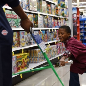 Yatooma's Foundation for the Kids shopping spree with Detroit Pistons